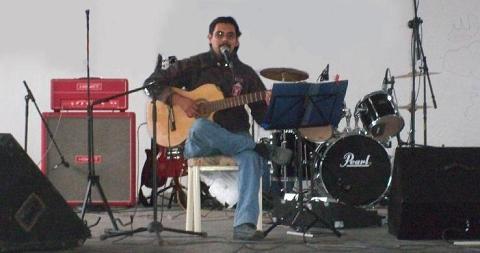 En el Foro del Pueblo de Emiliano Zapata, Hgo.